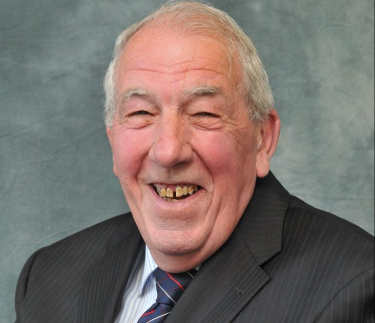 Cllr Peter Gibson